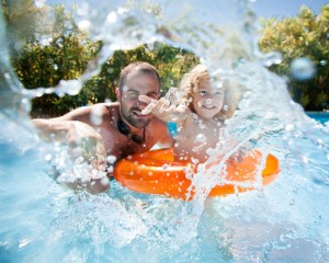 Splashing around in your pool can be fun, but it wastes a lot of water. To conserve water in your pool, try to avoid games that require splashing.