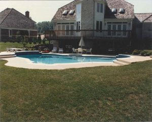 Choosing Where to Place Your New Swimming Pool