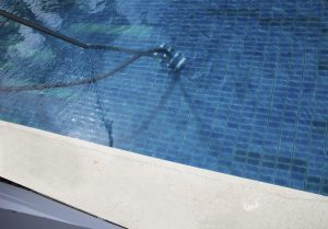 4 Reasons to Take Advantage of Weekly Pool Maintenance